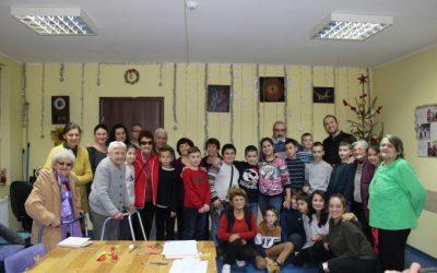 """Втора """"Празнична работилница"""" в Дома за стари хора във Велико Търново"""