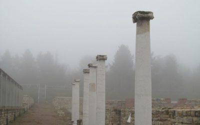"""Свищов: храм """"Св. Троица"""", два манастира и римския град Нове"""